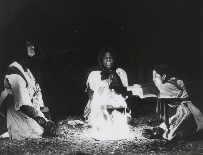 three-witches-fire.jpg